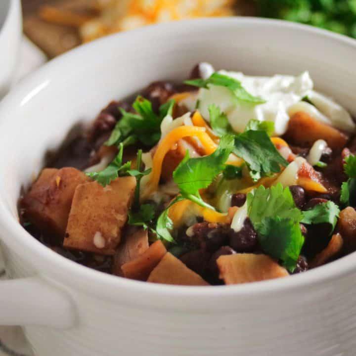 Best vegetarian sweet potato chili recipe