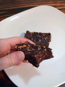 Chocolate peanut butter lara bars, homemade lara bars
